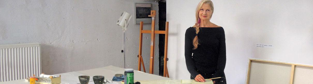 Crista Gipser in ihrem Atelier